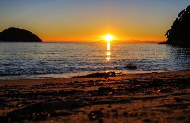 L'aube à Abel Tasman