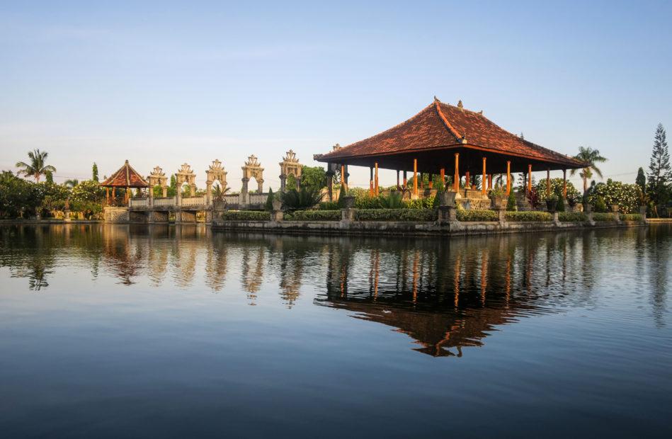 Palais sur l'eau, Balai Gili